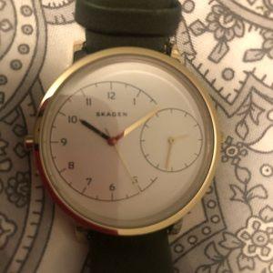 SKAGEN Forest Green strap watch
